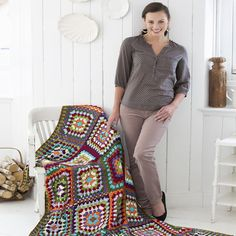 Granny's Classic Throw Free Pattern, Redheart