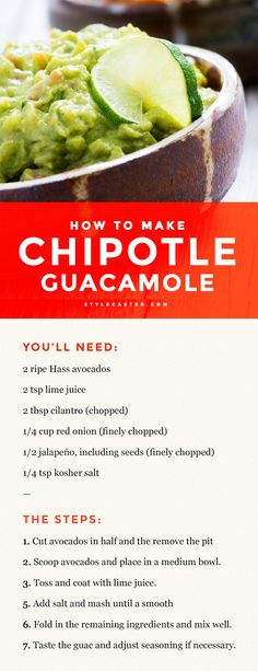 Chipotle Guacamole Recipe – It only takes seven steps to complete! All you need is 2 avocados lime juice cilantro red onion a jalepeno and salt. Chipotle Recipes, Mexican Food Recipes, Chipotle Guacamole Recipe Copycat, Healthy Guacamole Recipe, Chipotle Chicken Copycat, Mexican Guacamole Recipe, Chilis Copycat Recipes, Chipotle Bowl, Red Onion Recipes