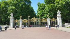 Tor am Green Park, vor dem Buckingham Palace