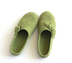 Women wool slippers - olive green felted slippers with roses - made to order on Etsy, $85.00