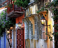 Streets of Cartagena, the most romantic city of the caribean by Nadia Attouanni