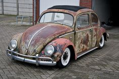 VW 1956 Ragtop Oval Beetle by I®√¡Ω™, via Flickr