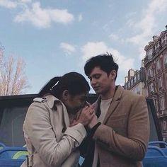 Paris in love 2016 (ctto) Cute Couple Poses, Couple Posing, Cute Couples, Girly Pictures, Couple Pictures, James Reid, Nadine Lustre, Paris Love, Jadine
