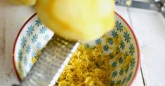 Here's Why You Should Always Freeze Your Lemons (1)