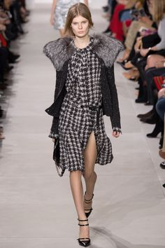 Michael Kors Collection Fall 2016 Ready-to-Wear Fashion Show - Alexandra Elizabeth