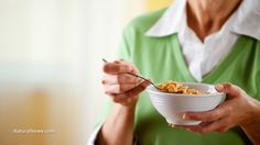 Kellogg's cereals found to be contaminated with Monsanto's cancer-causing glyphosate  Learn more: http://www.naturalnews.com/051118_Kelloggs_cereal_glyphosate_GMOs.html#ixzz3lRGzAk00
