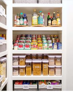 Awesome 35 Ways to Help Get Your Kitchen Organized and Look More Beautiful Pantry organizers come in a variety of shapes, sizes, and functions. Your pantry is basically a filing system - for food! So whatever pantry organization system. Kitchen Organization Pantry, Home Organisation, Pantry Storage, Kitchen Pantry, Closet Organization, Organized Pantry, Organization Ideas, Kitchen Soffit, Pantry Shelving