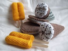 KTBdesigns: crochet play food