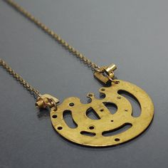 Hey, I found this really awesome Etsy listing at https://www.etsy.com/listing/251189231/steampunk-necklace-brass-upcycled-clock