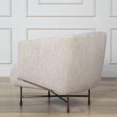BIJOUX LOUNGE CHAIR | Amazing Bijoux lounge chair | www.bocadolobo.com/ #luxuryfurniture #designfurniture