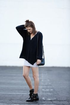 Parisienne: Deep V-Neck Sweater