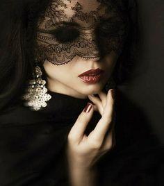 Bellafaye Garden... the veil