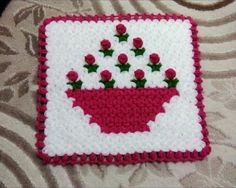 This Pin was discovered by mel Crochet Potholder Patterns, Crochet Blocks, Crochet Squares, Baby Knitting Patterns, Crochet Motif, Crafts To Make, Diy Crafts, Cross Stitch Patterns, Christmas Sweaters