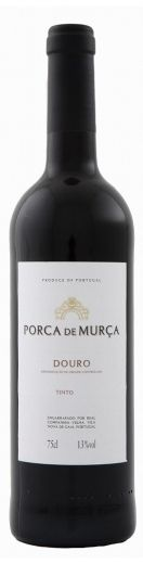 Porca de Murçaé um vinho jovem, de atraente granada. Notas de frutos frescos com sugestões de cereja. Na Prova é complementado por uma maciez que no final revela vigor graças à sua equilibrada acidez.