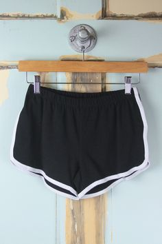 Contrast Binding Gym Shorts