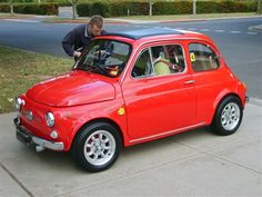 I love the Fiat 500 and these wheels look fantastic under it.