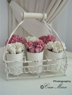 I love White flowers with a hint of Pink | ©Casa Mara