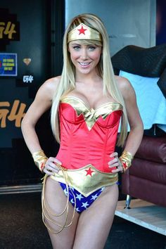 Wonder Woman Cosplay. Don't think any of y'all noticed this is Sara Underwood? Lol