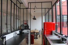fenêtre d'atelier en séparation de cuisine / salon