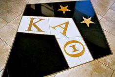 kappa alpha theta at the University of Florida ! College Sorority, Sorority Sisters, Sorority Sugar, Sorority Gifts, Theta Crafts, The Kat, Kappa Alpha Theta, Unique Buildings, University Of Florida