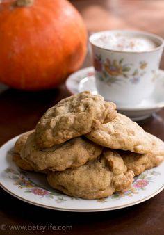 Chai Peanut Butter Chip Cookies
