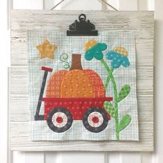 Bee In My Bonnet: Sew Simple Shapes - Patchwork Flower Garden Tutorial! Embroidery Transfers, Embroidery Patterns, Quilt Patterns, Quilting Ideas, Quilting Tools, Quilting Projects, Hand Embroidery, Vintage Housewife, Bee In My Bonnet