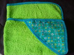 TOALLA INFANTIL ( 66 X 70 cm) / patchwork y manualidades - Artesanio