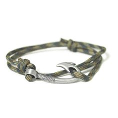 Fish hook and camo Bracelet. This would be an awesome gift for ryan