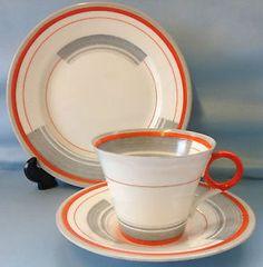 Shelley-Regent-Shape-Bands-Lines-Pattern-Tea-Cup-Trio