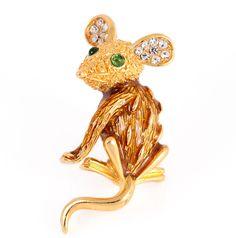 TRIFARI MOUSE BROOCH Figural Rhinestones Designer Signed Green Gold Plated.