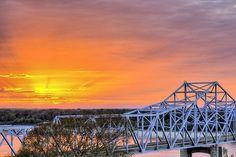 Vicksburg,Vicksburg MS,Vicksburg Mississippi,Mississippi River Bridge,Vicksburg Bridge,sunset,sunrise,sunset over the Mississippi,The Mississippi River,southern,the deep south,southern accents,deeply southern,JC Findley