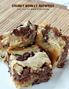 Chunky Monkey Brownies - - You will swoon over these rich, decadent brownies filled with chocolate baking melts, chocolate chips and bananas. Ooey, gooey and delicious! Brownie Recipes, Cookie Recipes, Dessert Recipes, Picnic Recipes, Just Desserts, Delicious Desserts, Yummy Food, Gourmet Desserts, Baking Desserts