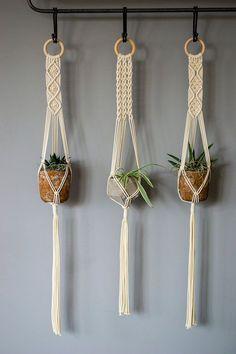 Estas perchas macramé hechas a mano y hermosa planta están hechas de cordón  de algodón natural de co d59400271bd