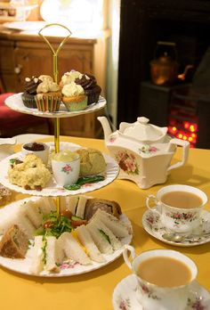 Miss B's Tea Shop, Melton Mowbray, Leicestershire - afternoon tea, including slices of traditional pork pie ~ **YUMMY** Tee Sandwiches, English Afternoon Tea, Afternoon Tea For Two, Afternoon Tea Parties, Cream Tea, Cuppa Tea, My Cup Of Tea, Tea Cakes, C'est Bon