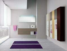 moderne badmöbel aus holz in kombination mit großem spiegel, Hause ideen