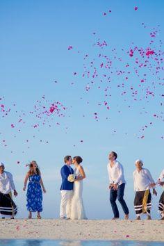 destination wedding in maldives Maldives Wedding, Travel Tags, Travel Channel, Wonderful Places, Destination Wedding, Dream Wedding, Fine Art, Bride, World