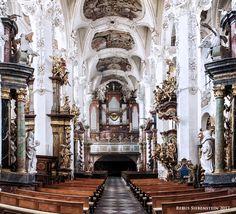 #DE #Neuzelle #KatholischePfarrkircheSanktMarien #Mittelschiff #BlicknachWesten