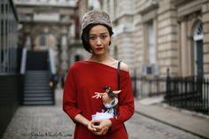 #nanguazi #bjd #abjd #red #dress #asian #hat #model #doll #fashion #beauty #streetstyle #street #women by #sophiemhabille by #sophiemhabille