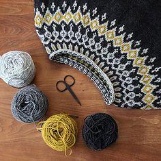 Ravelry: Starfall pattern by Jennifer Steingass Fair Isle Knitting Patterns, Sweater Knitting Patterns, Knitting Yarn, Filet Crochet, Knit Crochet, Crochet Projects, Knitting Projects, Icelandic Sweaters, Quick Knits