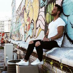 Magic Fox #Fashion #Art #inspiration #urban #Street #menswear #white #Model Pinterest: Junior D-Martin