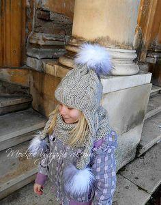 Шапочка спицами с длинными косичками и снуд для девочек - Модное вязание