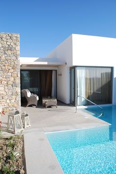 Diamond Suites with private pool  www.diamondhotel.gr