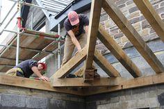 Fitting the jacks #timberframe #carpentry
