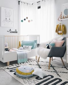 Combine neutrals with bright and bold colours in your baby's nursery. This idea will stimulate your child whilst keeping your house looking very polished.