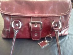 AUTHENTIC GIANI BERNINI HANDBAG LEATHER IN EXCELLENT CONDITION FREE SHIP/PHOTONS
