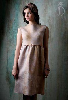 Валяное платье «Перламутр» - бежевый,street style,валяное платье,платье ручной работы