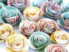 PaperVine: Wedding Tutorials Day 2 - Flowers I've made these before... SOOOO easy!! - heather scott