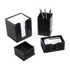 Kit escritório personalizado, com porta-bloco, porta-caneta, porta-cartão e porta-clipes. www.brindice.com.br/brindes/kit-escritorio