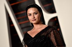 """""""Skyscraper"""" singer Demi Lovato is all set with her """"Future Now"""" tour with Nick Jonas. Part of readiness is Demi Lovato's celebrated four years of sobriety."""