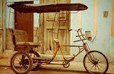 Diario de un bicitaxista: Cuba es una calle que sube Cuba, Baby Strollers, Cool Stuff, Photography, Street, Diary Book, Cool Things, Baby Prams, Prams